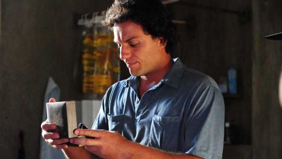 Rodrigo Lombardi durante cena da novela <em>O Astro</em>, da Rede Globo
