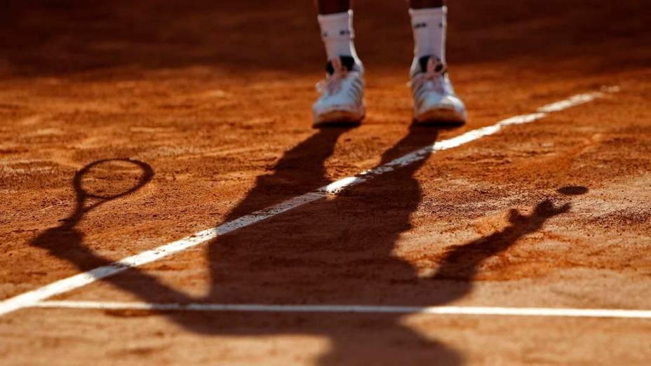 O tenista suíço Roger Federer durante partida das quartas de final do torneio de Roland Garros, em Paris