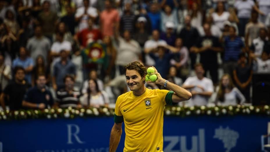 Roger Federer vence Tommy Haas neste domingo (09/12),em partida de exibição pelo Gillette Roger Federer Tour em São Paulo no ginásio do Ibirapuera
