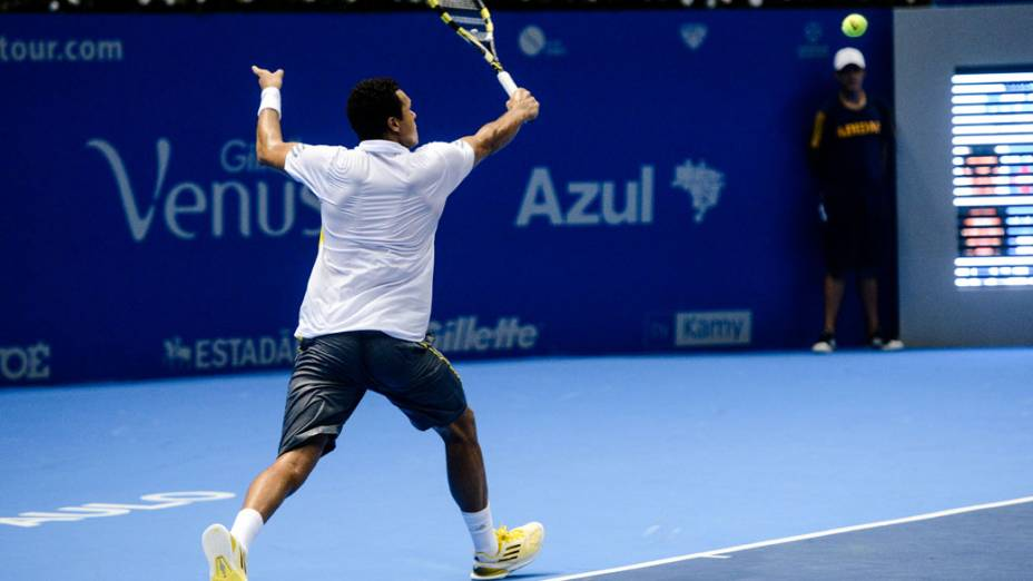 Jo-Wilfried Tsonga enfrenta Roger Federer neste sábado (08/12),em partida de exibição pelo Gillette Roger Federer Tour em São Paulo no ginásio do Ibirapuera