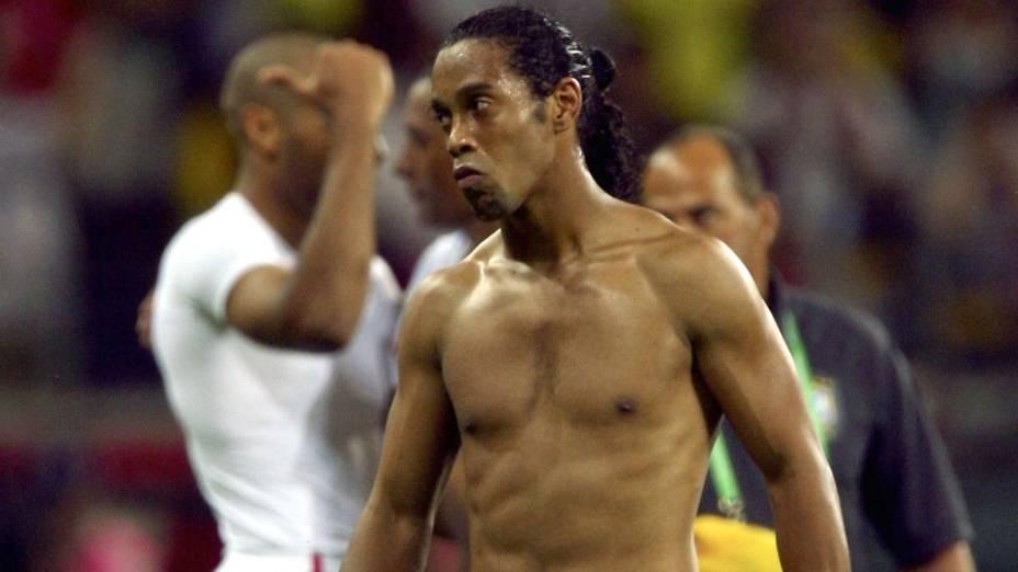 Ronaldinho Gaúcho lamenta a eliminação do Brasil, derrotado pela França nas quartas de final da Copa de 2006