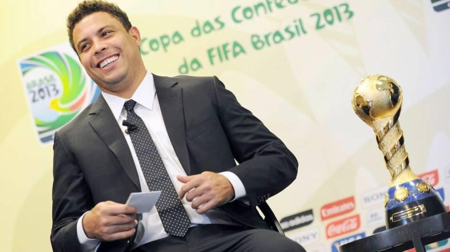 Ronaldo promove a Copa das Confederações em Turim, na Itália
