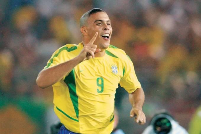 ronaldo-copa-japao-2002-02-original.jpeg
