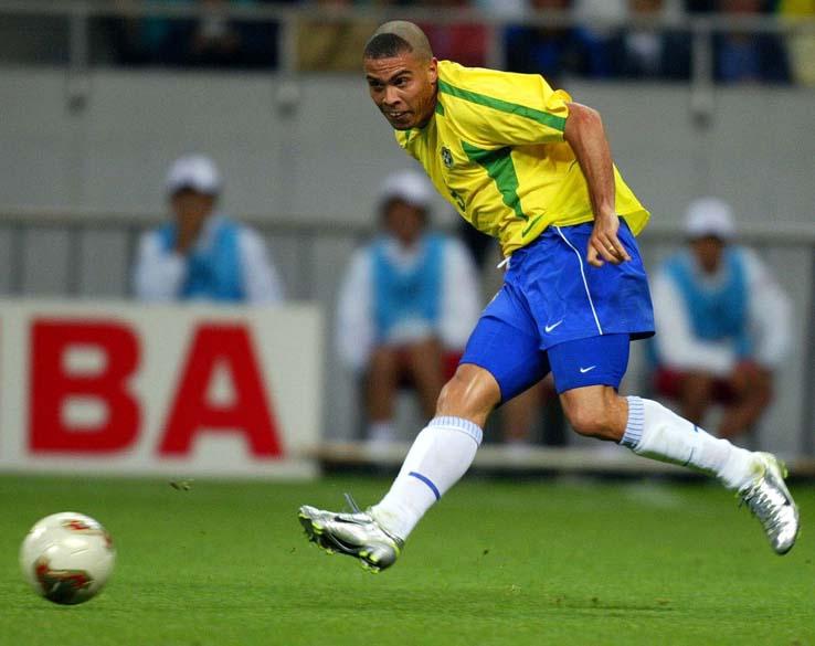 O atacante fez o gol que classificou o Brasil na semifinal contra a Turquia na Copa de 2002, na Coreia do Sul e no Japão