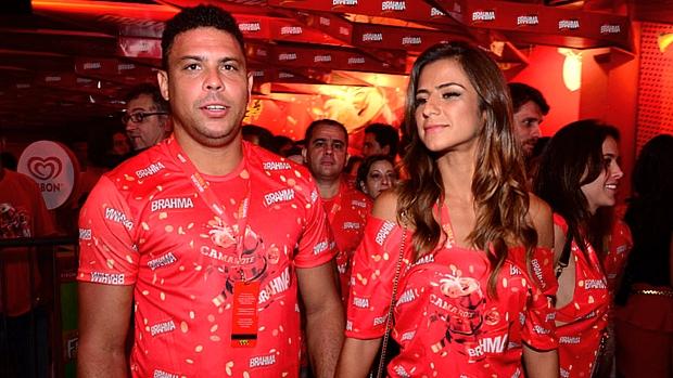 Ronaldo e Paula Morais na Sapucaí