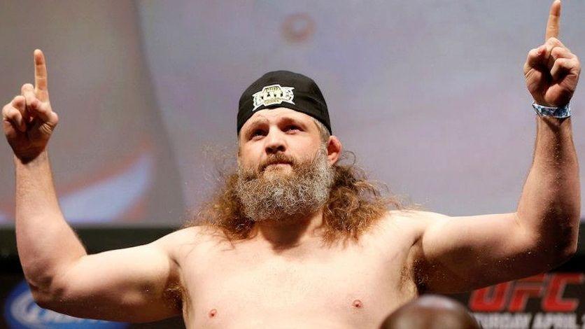 Roy Nelson na pesagem do UFC 159, em Nova Jersey