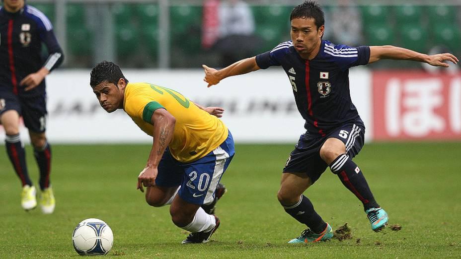 Hulk em lance durante o jogo amistoso do Brasil com o Japão, na Polônia