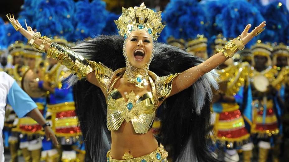 Sabrina Sato desfilou pela Vila Isabel, no Rio de Janeiro