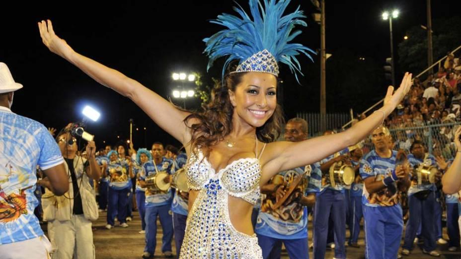 Sabrina Sato, rainha de bateria, no ensaio técnico da Vila Isabel, no Sambódromo, no Rio de Janeiro