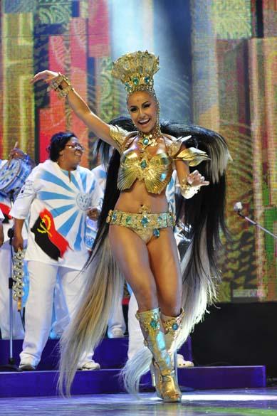 Sabrina Sato da Vila Isabel na gravação das vinhetas de carnaval 2012 da Rede Globo