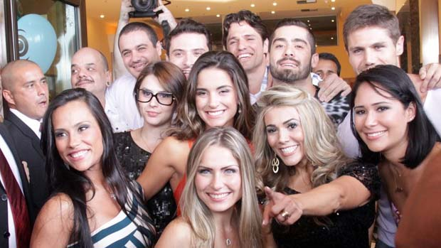 Participantes do BBB12 na saída do hotel