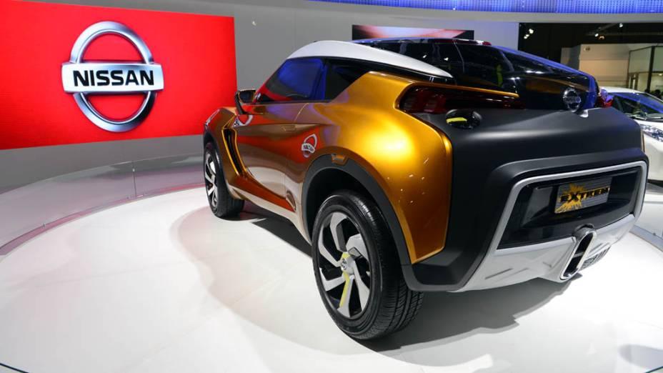 Nissan Extrem - Concebido por meio de uma parceria entre designers brasileiros e o Centro de Design da Nissan América, sediado nos Estados Unidos, o conceito é um compacto urbano 2+2, ou seja, com espaço para dois ocupantes, mais dois passageiros. O projeto, que não tem previsão para entrar em produção, inclui motor 1.6 turbo, com injeção direta de combustível, rodas de liga leve de 19 polegadas, além de conjunto óptico equipado com diodos luminosos (leds)