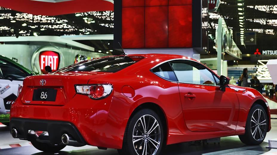 Toyota GT86: O novo esportivo desenvolvido em parceria com a Subaru foi um dos destaques do estande da Toyota, mas a montadora descarta a importação. Pelo menos, por enquanto