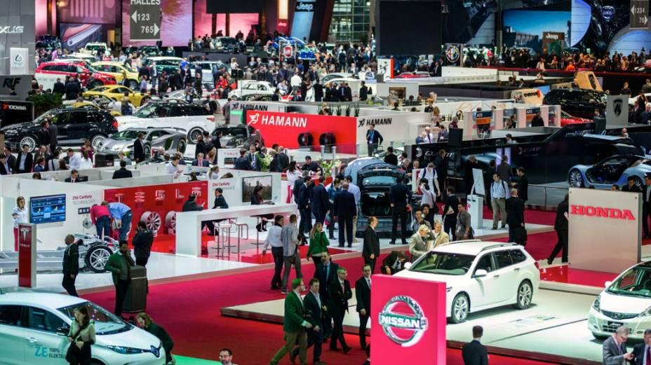 A abertura do Salão de Genebra 2014, em dia com visitação restrita à imprensa