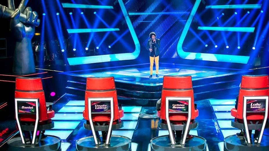 Sam Alves fez os quatro técnicos virarem a cadeira nas audições às cegas do The Voice Brasil