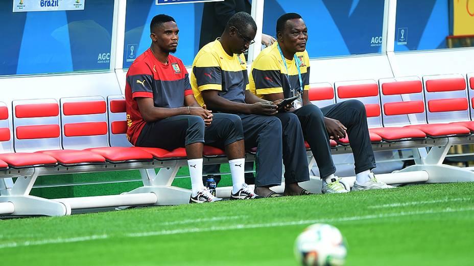 Seleção de Camarões, neste domingo (22),em treinamento no estádio Mané Garrincha, em Brasília