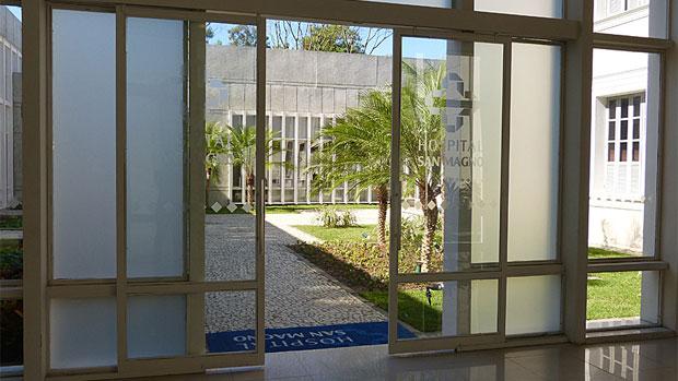 Entrada do hospital San Magno, na novela <em>Amor à Vida</em>