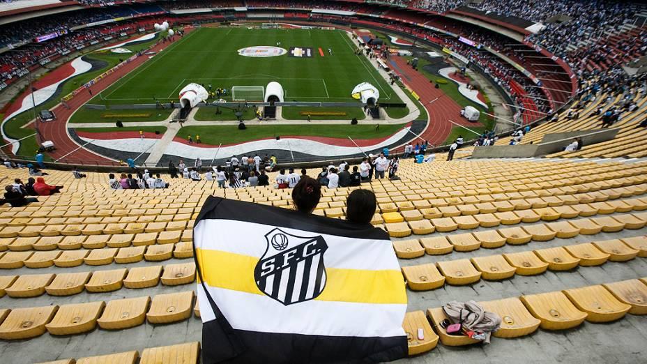Vista do estádio do Morumbi antes da partida entre Santos e Guarani<br>