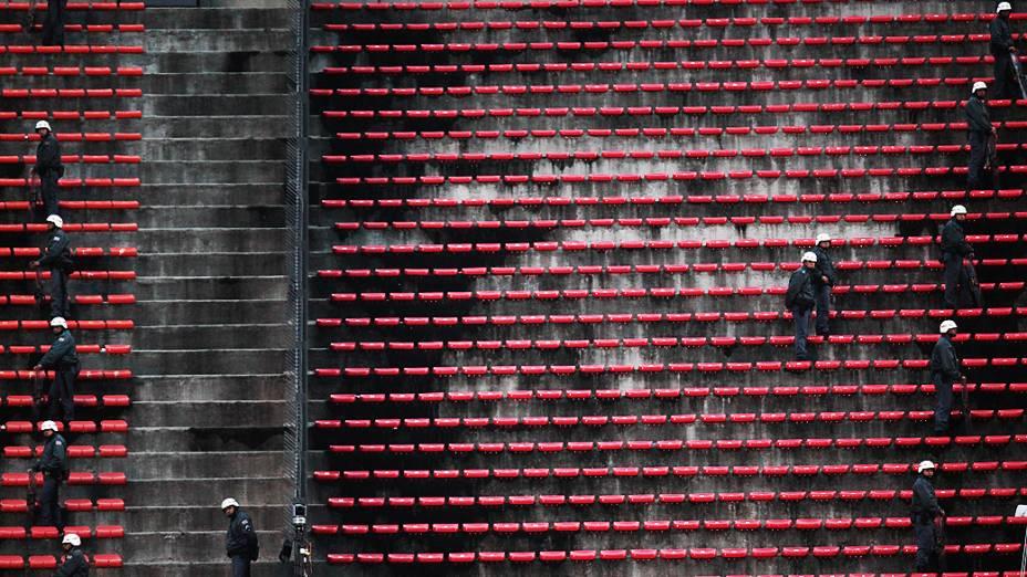 Torcedores do Guarani arrumaram briga com policiais militares no setor destinado a eles no Estádio do Morumbi, na final do Paulista