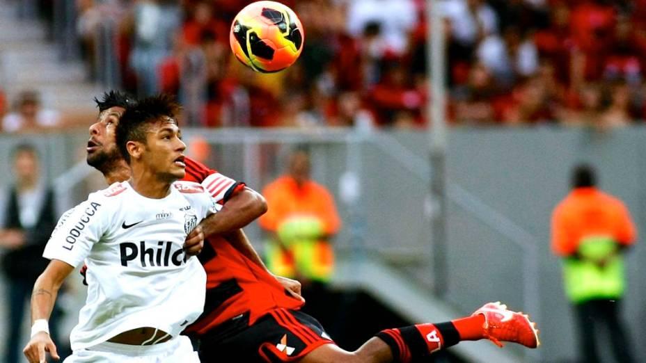 Neymar no jogo entre Santos e Flamengo, sua despedida do clube paulista, no Estádio Nacional de Brasília, no Brasileirão 2013