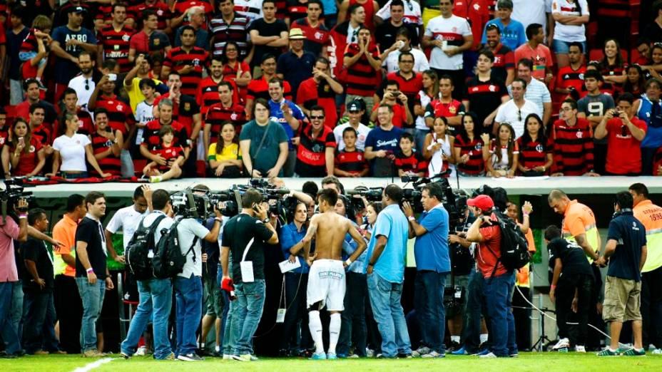 Neymar depois do jogo entre Santos e Flamengo, sua despedida do clube paulista, no Estádio Nacional de Brasília, no Brasileirão 2013