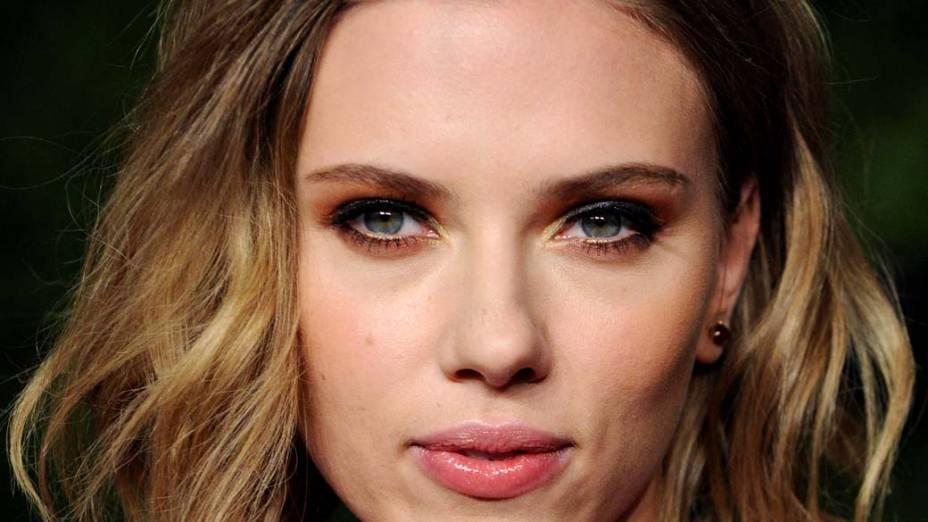Scarlett Johansson em West Hollywood, Califórnia, em fevereiro de 2011