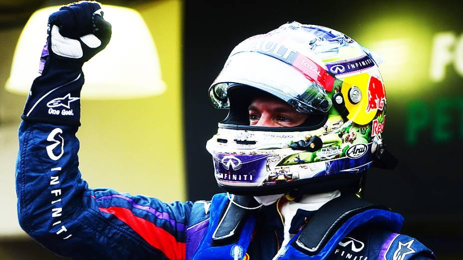 Sebastian Vettel comemora a vitória em Interlagos