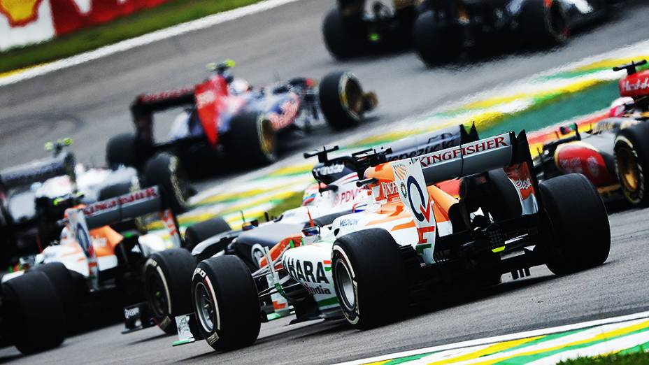 Largada no circuito de Interlagos em São Paulo