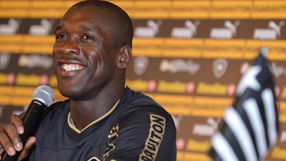 O Botafogo de Seedorf: receita de 122,8 milhões de reais em 2012