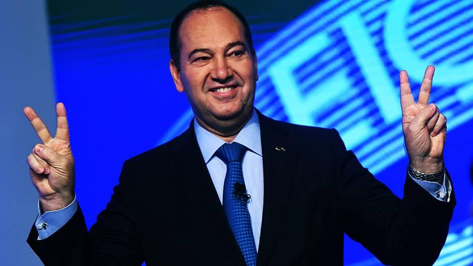 O candidato do PSC à Presidência da República, Pastor Everaldo, antes do debate promovido pela Globo, no Rio