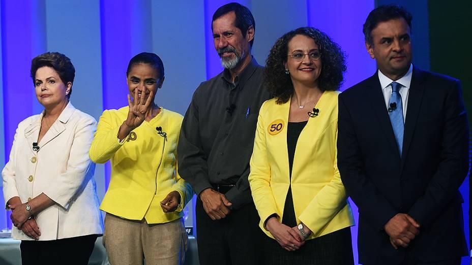 Os candidatos à Presidência da República antes do debate promovido pela Globo, no Rio