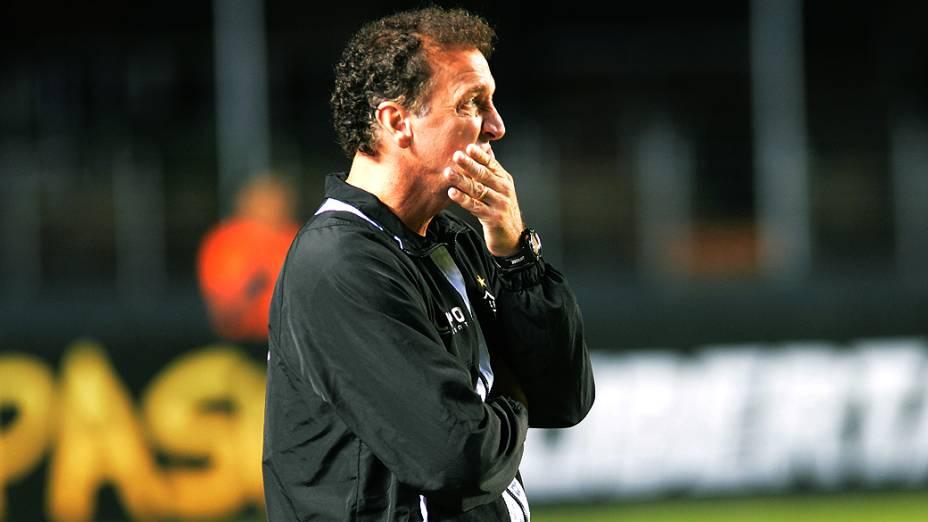 O técnico Cuca do Atlético-MG durante o jogo contra o São Paulo no Morumbi