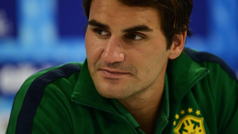 Roger Federer durante coletiva de imprensa, no ginásio do Ibirapuera, em São Paulo