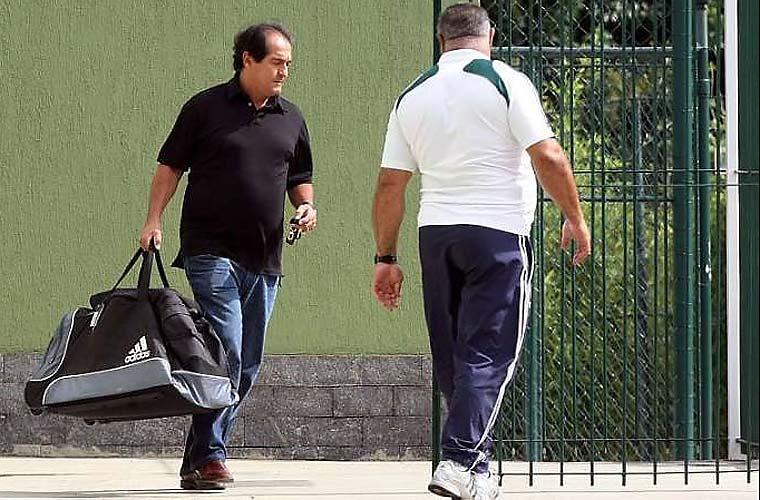Após perder de 4 a 1 para o São Caetano, no Palestra Itália, o Palmeiras demitiu o técnico Muricy Ramalho, na quinta-feira.
