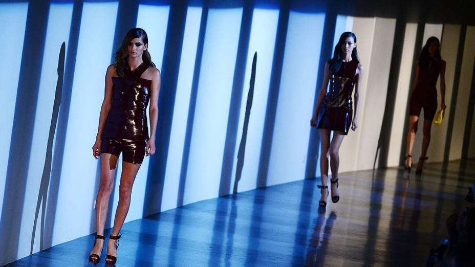 Coleção Primavera-Verão da grife Mugler na Semana de Moda de Paris