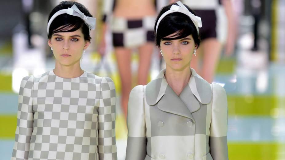 Marc Jacobs apresenta coleção feita para a Louis Vuitton na Semana de Moda de Paris