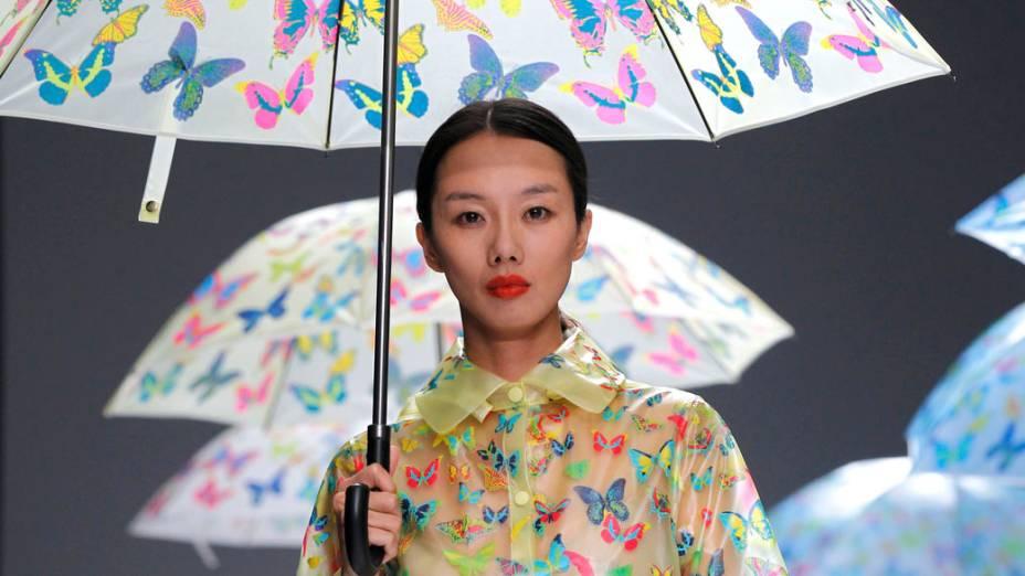 Desfile de Lie Sang Bong na Semana de Moda de Paris