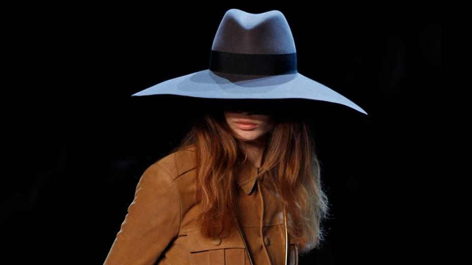 Desfile do estilista Hedi Slimare para a Saint Laurent, na Semana de Moda de Paris