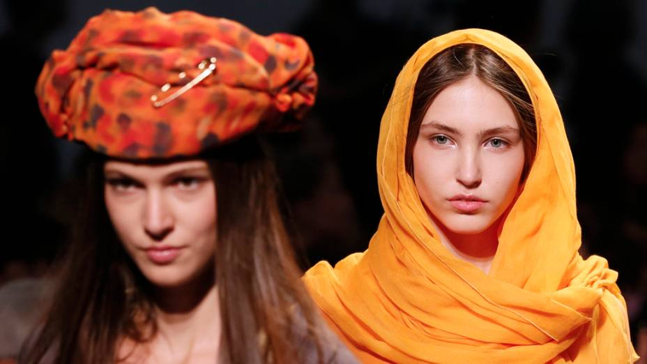 Desfile de Junko Shimada na Semana de Moda de Paris, na França