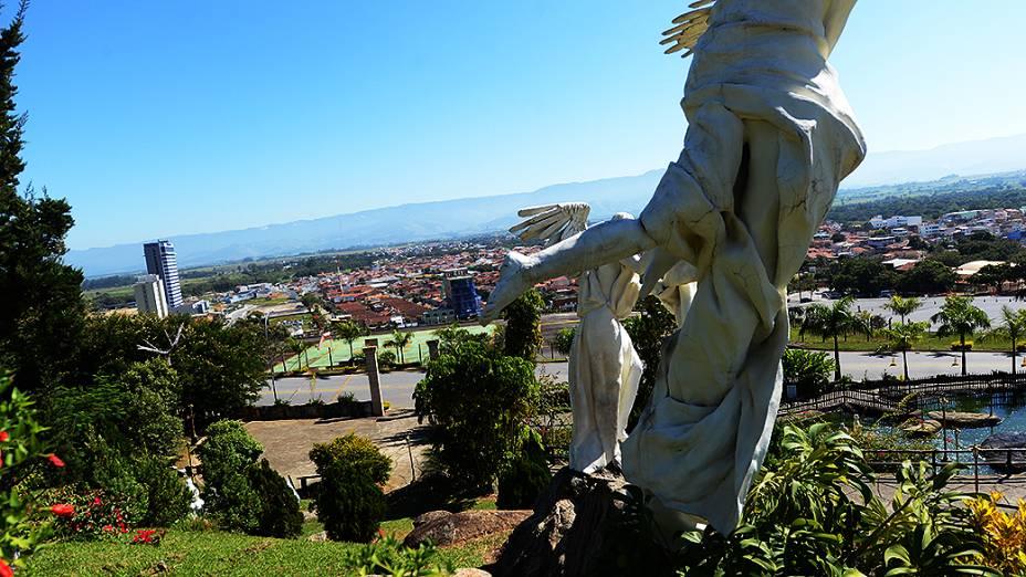 Morro do Presépio é um espaço para os visitantes do Santuário de Aparecida