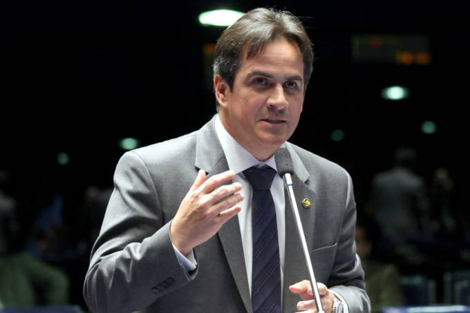 senador-ciro-nogueira-brasilia-20110629-original.jpeg
