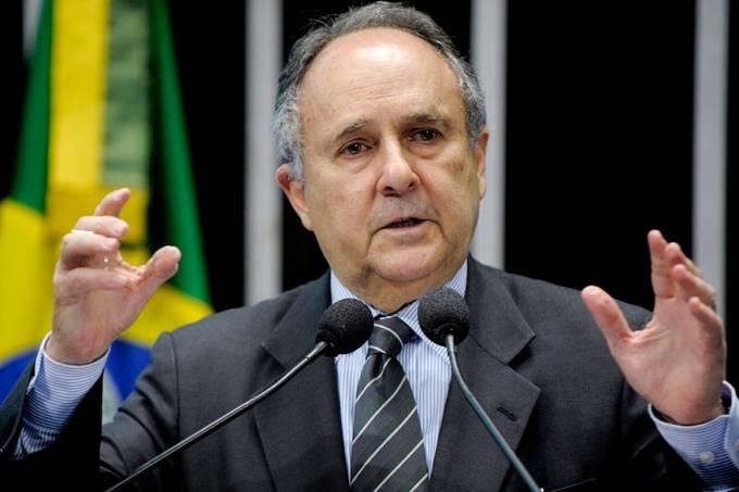 senador-cristovam-buarque-20120528-01-original.jpeg