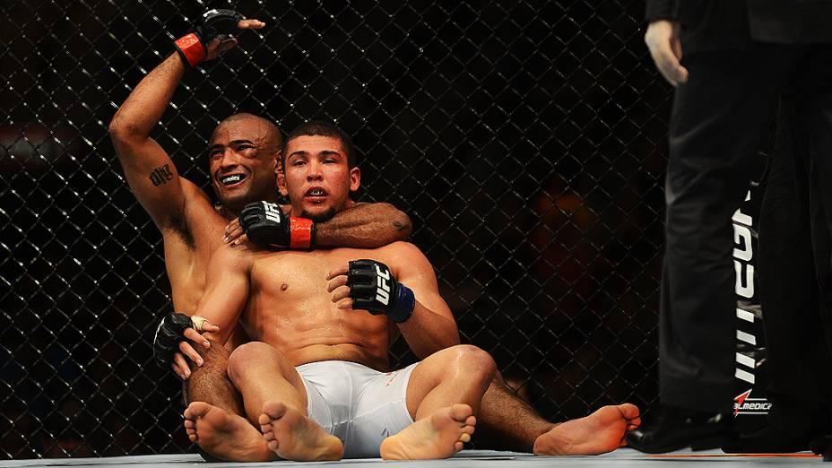 Sérgio Moraes vence Renée Forte por finalização no UFC Rio III, realizada na HSBC Arena, Barra da Tijuca