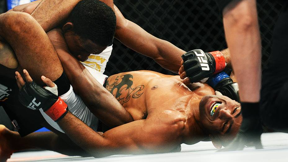 O brasileiro Sérgio Morais vence Nell Magny no Ultimate Fighting que volta ao Rio de Janeiro (RJ), para o evento UFC 163, ou simplesmente UFC Rio 4
