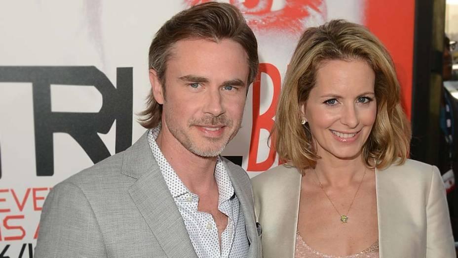 O ator Sam Trammell e sua esposa, na première da série True Blood, em Hollywood