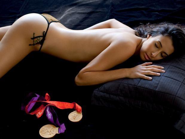 Sheilla, bicampeã olímpica de vôlei com a seleção brasileira, em ensaio para a revista VIP