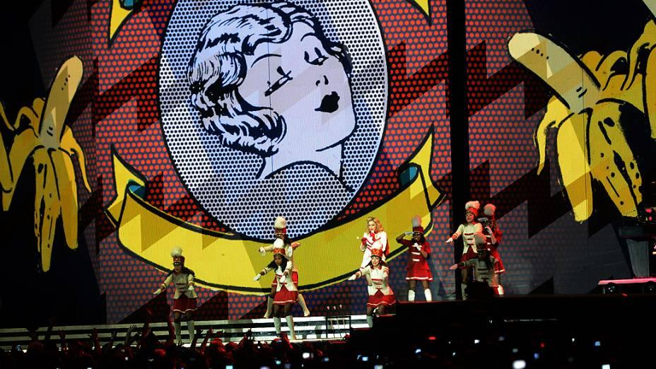 Madonna se apresenta no estádio do Morumbi, em São Paulo