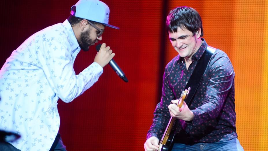 Emicida faz uma participação especial no show do Skank, no Rock in Rio 2013