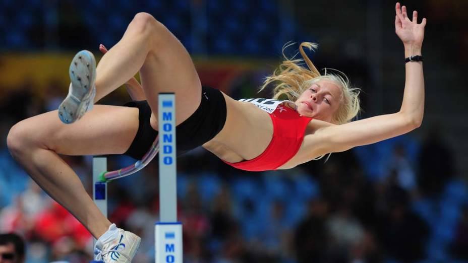 A dinamarquesa Sofie Albrechtsen durante prova no campeonato de atletismo IAAF Youth Championships, em Lille, França
