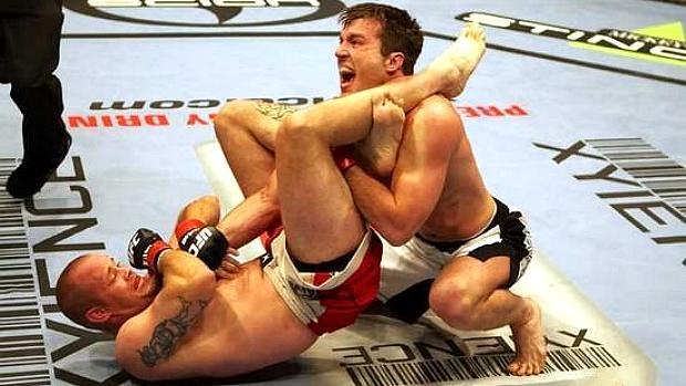 Sonnen foi finalizado pelo americano Jeremy Horn no UFC 60